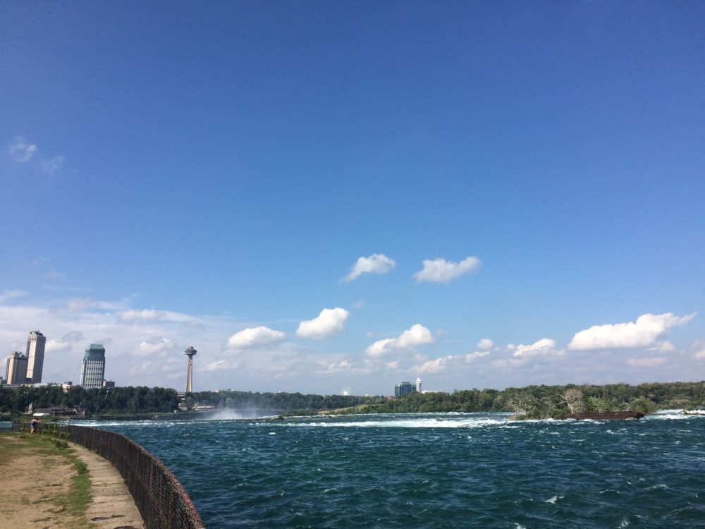 Niagara Falls, behind the scenes