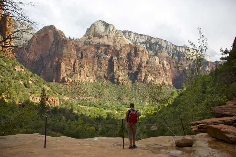 Marcella bij de Emerald Pools in Zion National Park in Amerika