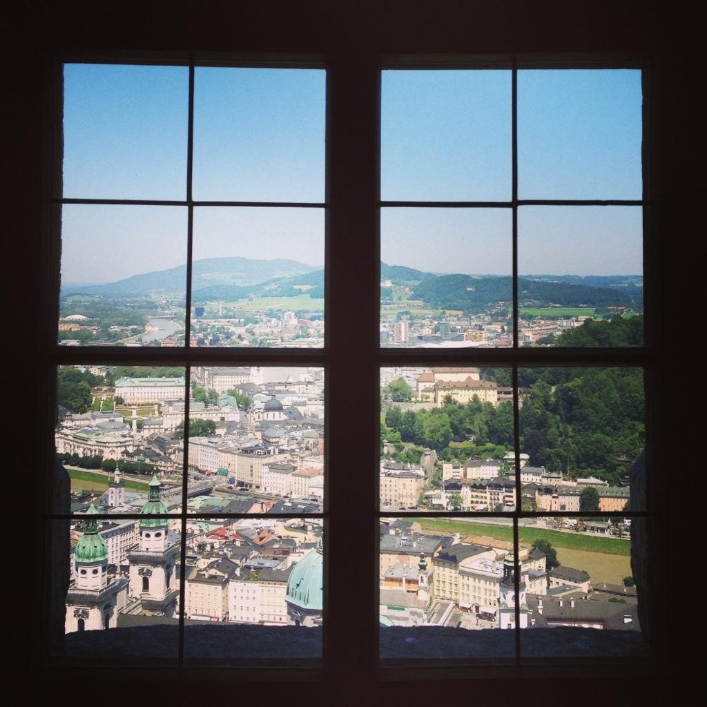 Uitzicht vanuit Festung Hohesalzburg in Salzburg