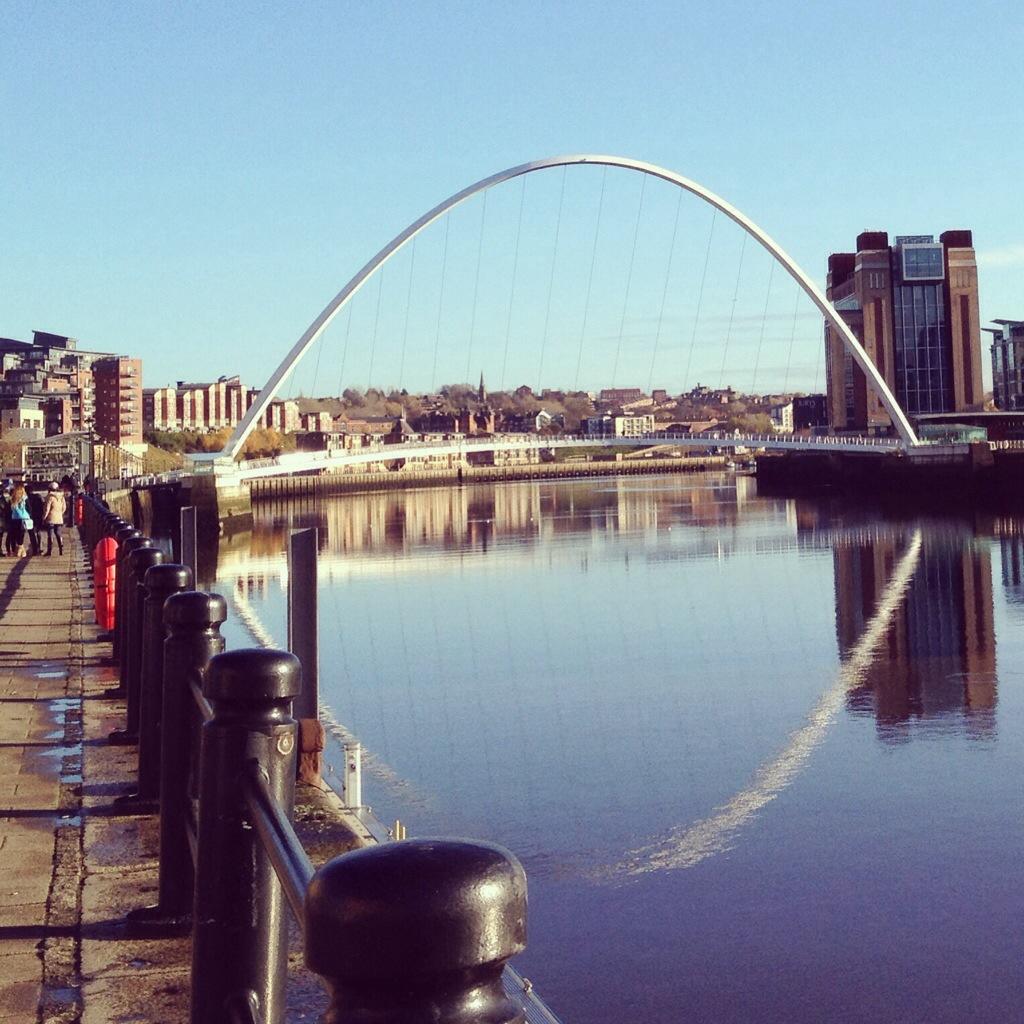 Millenium bridge in Newcastle, Engeland