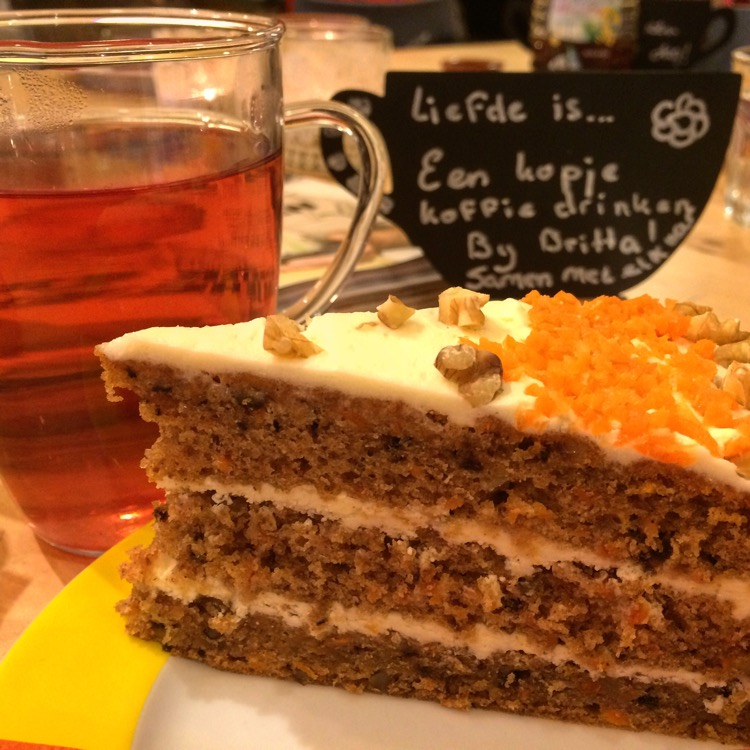 Carrotcake, Bij Britta