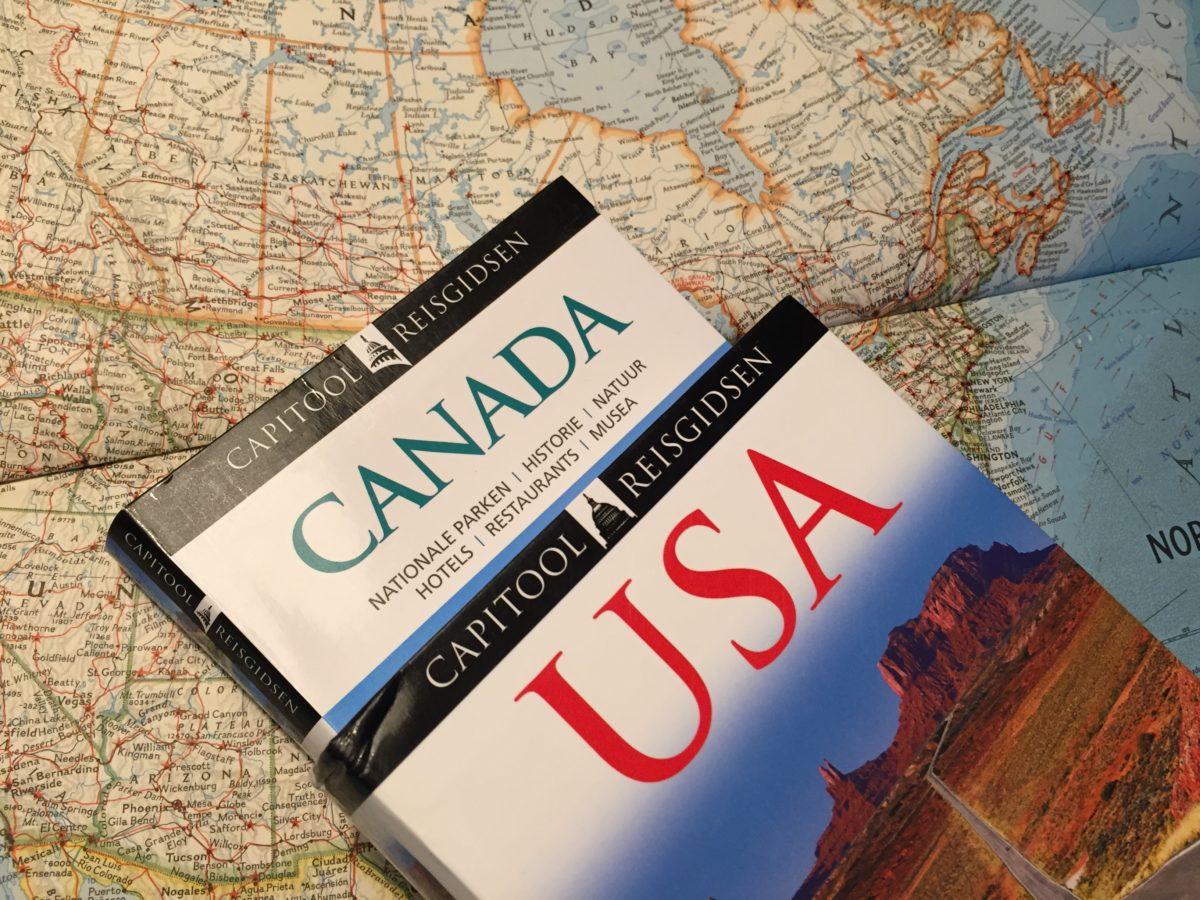 Kaart en reisgids zijn een must tijdens het reizen door Amerika