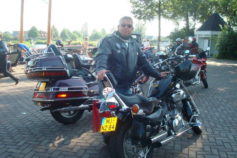 Mijn vader met zijn motor