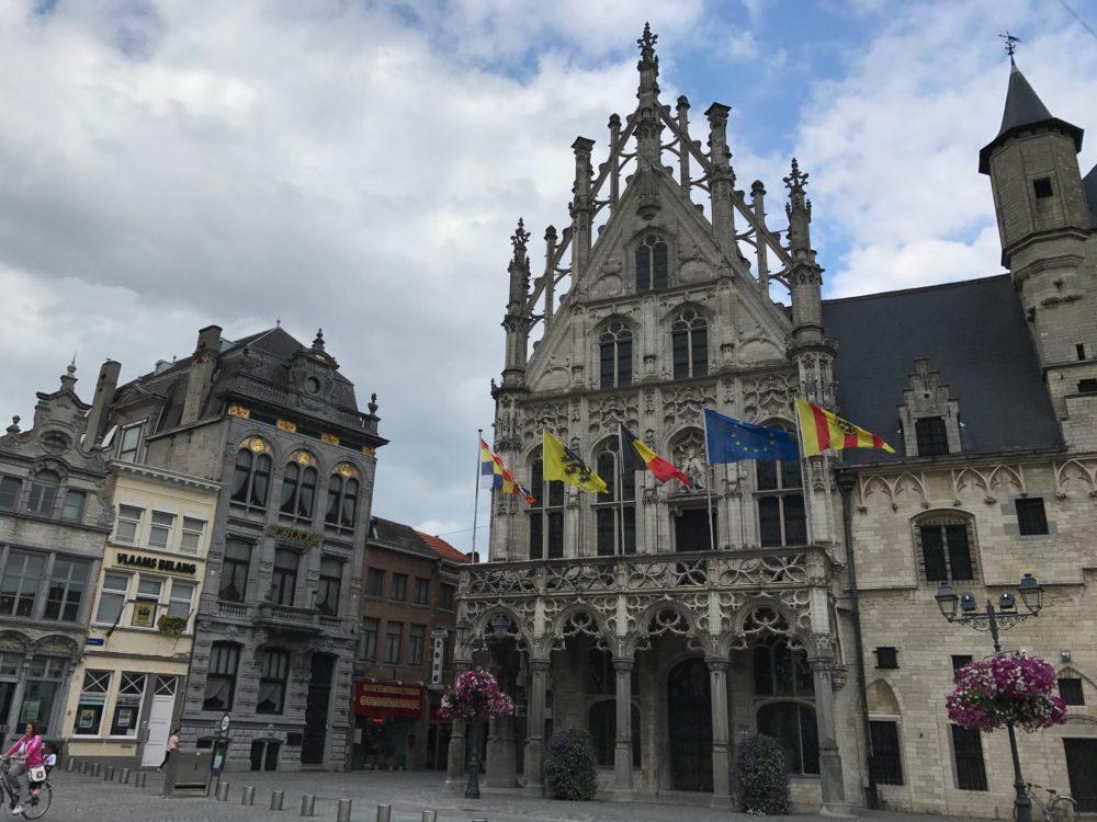 Stadhuis en Grote Markt, Mechelen